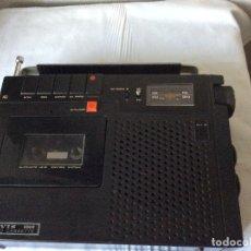Radios antiguas: RADIO-CASSETTE VINTAGE DE LA MARCA LAVIS DE LOS AÑOS 70 . Lote 182011353