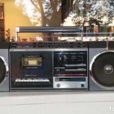 Radios antiguas: RADIO CASSETTE SANYO M-V35K. Lote 183298048