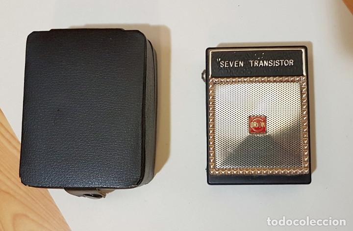 PEQUEÑA RADIO SEVEN TRANSISTOR ORION, ALTAVOZ, MADE IN JAPAN, CON FUNDA, AÑOS 60 (Radios, Gramófonos, Grabadoras y Otros - Transistores, Pick-ups y Otros)