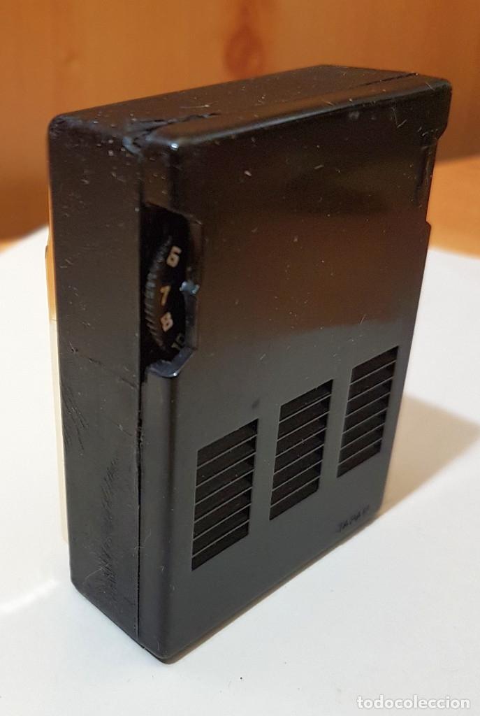 Radios antiguas: Pequeña radio Seven Transistor Orion, altavoz, Made in Japan, con funda, años 60 - Foto 3 - 183314117