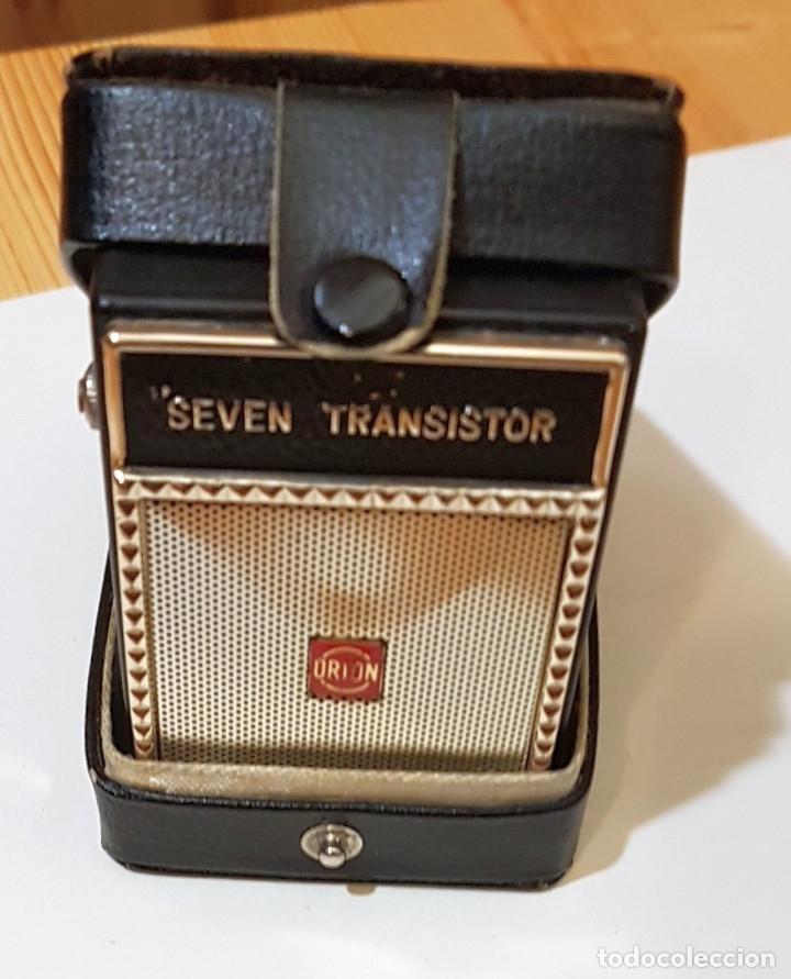 Radios antiguas: Pequeña radio Seven Transistor Orion, altavoz, Made in Japan, con funda, años 60 - Foto 10 - 183314117