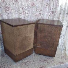 Radios antiguas: TECNOLOGÍA VINTAGE, PAREJA DE ALTAVOCES BOSE 501, SERIES II, CAJÓN MADERA, FUNCIONANDO, GRAN FORMATO. Lote 183425156