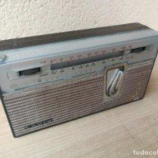 Radios antiguas: ANTIGUA RADIO TRANSISTOR MARCA LAVIS MODELO 750 FUNCIONANDO . Lote 183599157