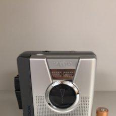 Radios antiguas: GRABADORA WALKMAN SANYO, M-1119, FUNCIONA, VER VÍDEO.. Lote 183870452
