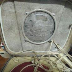 Radios antiguas: TOCADISCOS DE MALETA TEPPAZ OSCAR. MADE FRANCÉS. AÑOS 50 -60. Lote 184218298