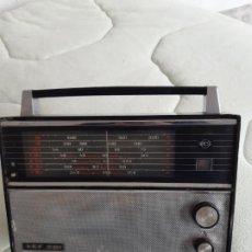 Radios antiguas: RADIO VINTAGE URSS USSR VEF 201. Lote 184244987