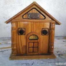 Radios antiguas: CURIOSO RADIO TRANSISTOR FUNCIONANDO. Lote 184465058