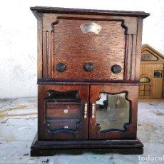 Radios antiguas: CURIOSO RADIO TRANSISTOR FUNCIONANDO. Lote 184465437