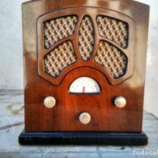 Radios antiguas: PRECIOSO RADIO TRANSISTOR FUNCIONANDO. Lote 184469207
