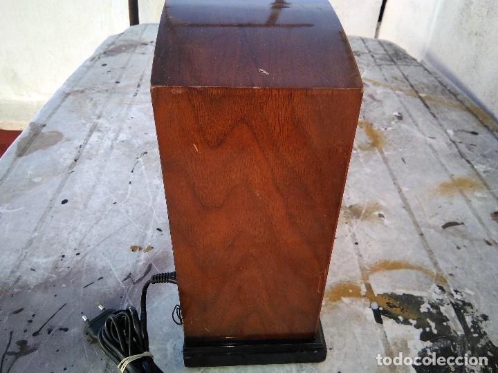 Radios antiguas: Precioso radio transistor funcionando - Foto 5 - 184469207