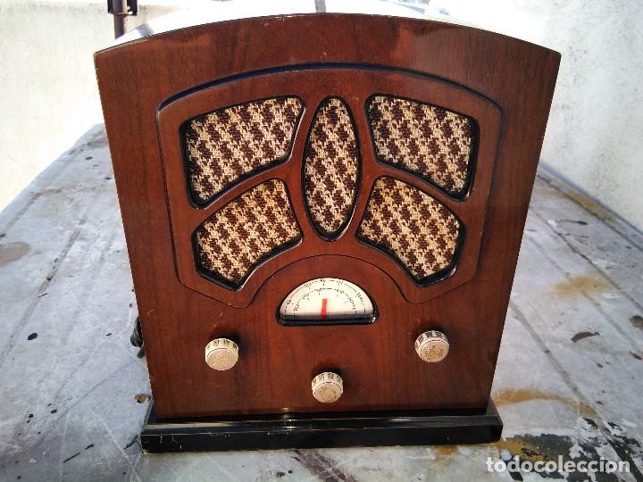Radios antiguas: Precioso radio transistor funcionando - Foto 6 - 184469207