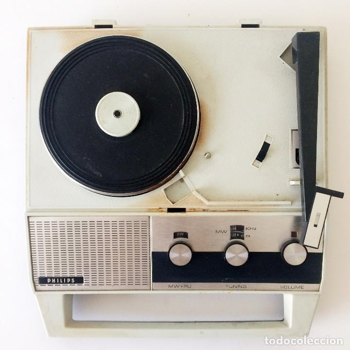 Radios antiguas: PICKUP TOCADISCOS MALETÍN PHILLIPS - Foto 2 - 184836365