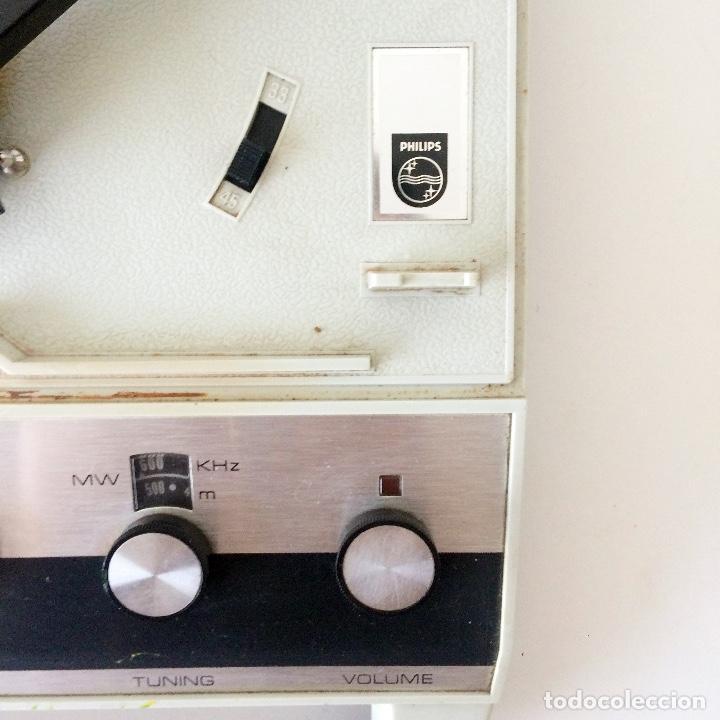 Radios antiguas: PICKUP TOCADISCOS MALETÍN PHILLIPS - Foto 3 - 184836365