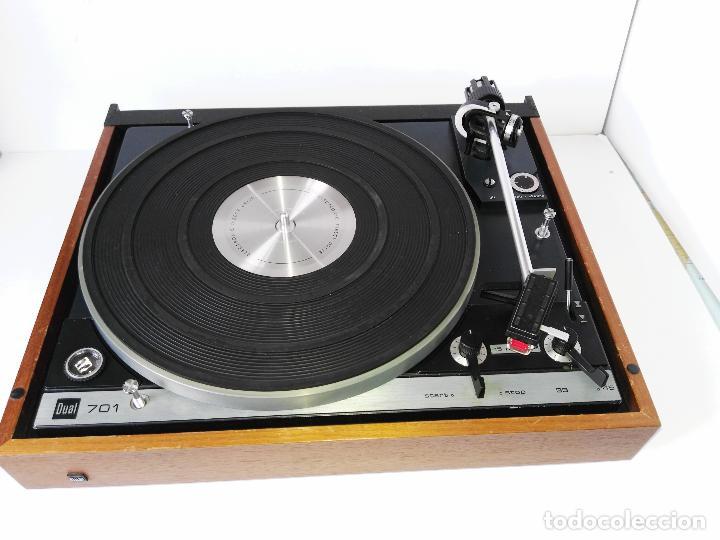 Radios antiguas: DUAL 701 (tocadiscos) Uno de los platos mas buscados y valorados (ver...) - Foto 6 - 186339326