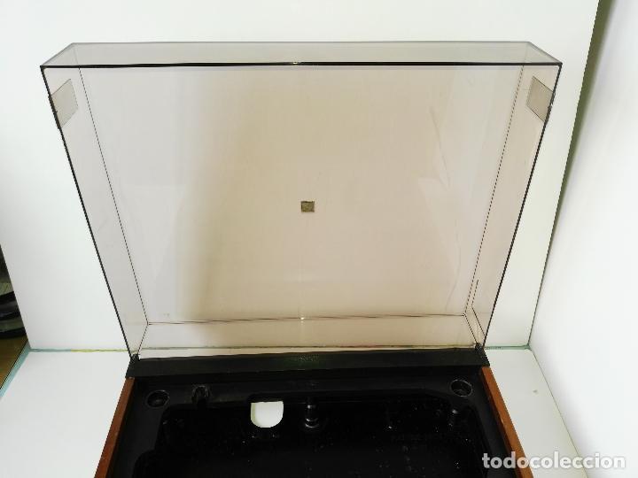 Radios antiguas: DUAL 701 (tocadiscos) Uno de los platos mas buscados y valorados (ver...) - Foto 12 - 186339326