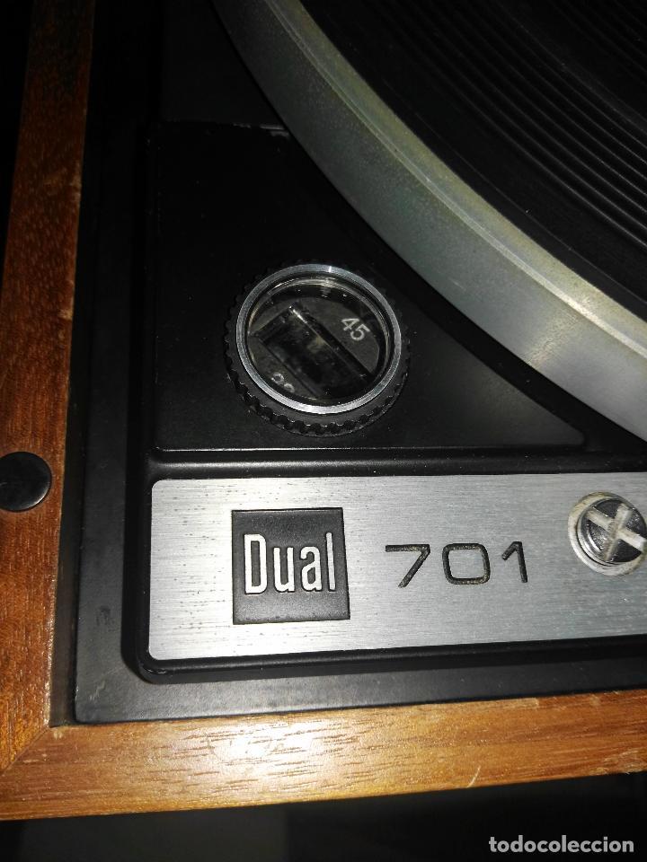 Radios antiguas: DUAL 701 (tocadiscos) Uno de los platos mas buscados y valorados (ver...) - Foto 32 - 186339326