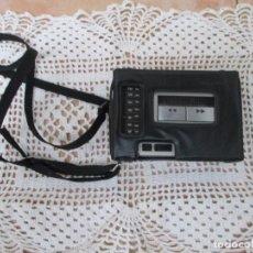 Radios antiguas: WALKMAN TOSHIBA STEREO MODEL. RT-V300, CON SU FUNDA. MADE IN JAPAN.. Lote 207410991