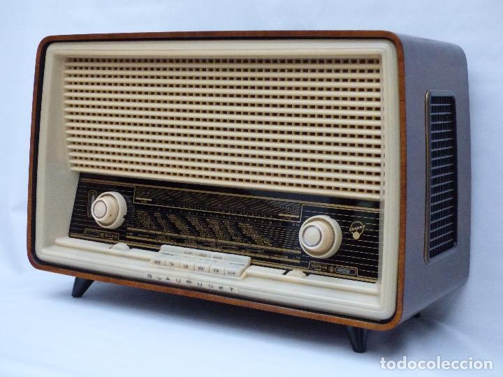 Radios antiguas: Antigua radio de válvulas, marca BLAUPUNKT, en magnifico estado, funcionando gran sonido (ver vídeo) - Foto 2 - 189989092