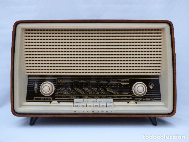 Radios antiguas: Antigua radio de válvulas, marca BLAUPUNKT, en magnifico estado, funcionando gran sonido (ver vídeo) - Foto 3 - 189989092