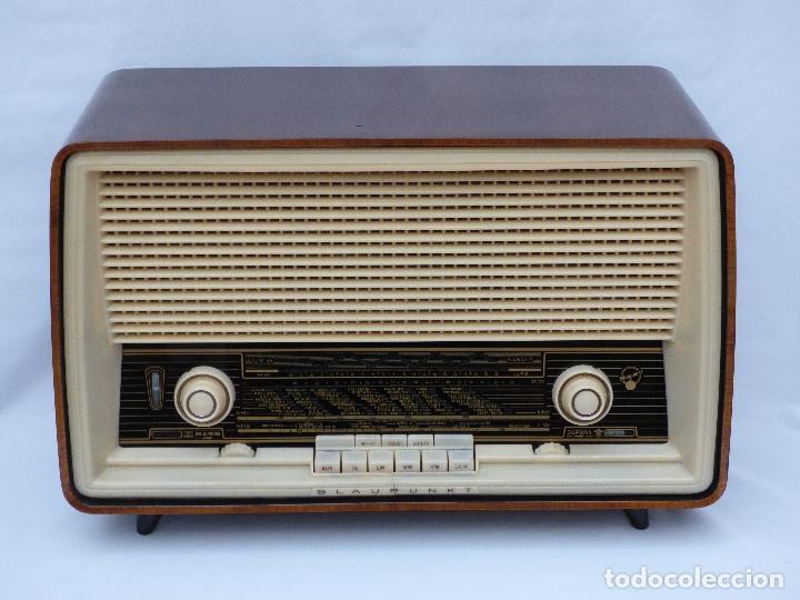Radios antiguas: Antigua radio de válvulas, marca BLAUPUNKT, en magnifico estado, funcionando gran sonido (ver vídeo) - Foto 4 - 189989092