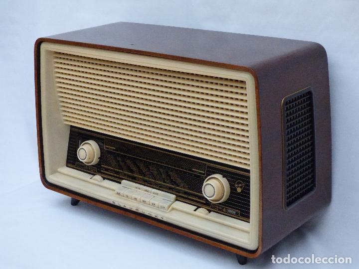 Radios antiguas: Antigua radio de válvulas, marca BLAUPUNKT, en magnifico estado, funcionando gran sonido (ver vídeo) - Foto 6 - 189989092