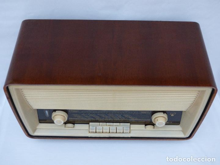 Radios antiguas: Antigua radio de válvulas, marca BLAUPUNKT, en magnifico estado, funcionando gran sonido (ver vídeo) - Foto 7 - 189989092