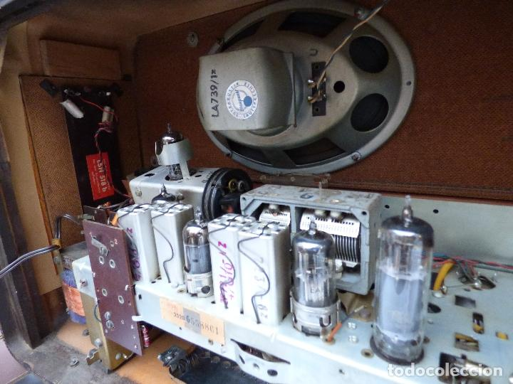 Radios antiguas: Antigua radio de válvulas, marca BLAUPUNKT, en magnifico estado, funcionando gran sonido (ver vídeo) - Foto 20 - 189989092