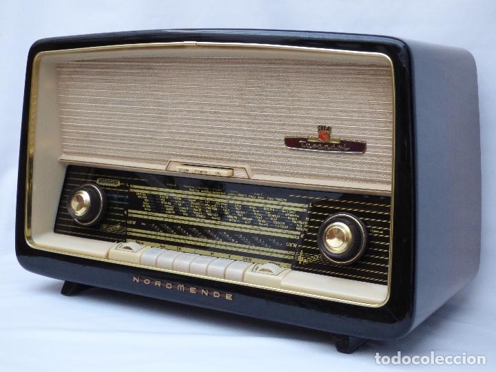 Radios antiguas: Antigua radio de válvulas marca NORDMENDE, en magnifico estado, funcionando gran sonido (ver vídeo) - Foto 2 - 190055035