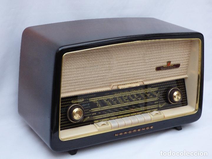 Radios antiguas: Antigua radio de válvulas marca NORDMENDE, en magnifico estado, funcionando gran sonido (ver vídeo) - Foto 5 - 190055035