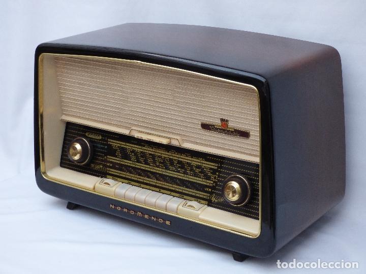 Radios antiguas: Antigua radio de válvulas marca NORDMENDE, en magnifico estado, funcionando gran sonido (ver vídeo) - Foto 6 - 190055035