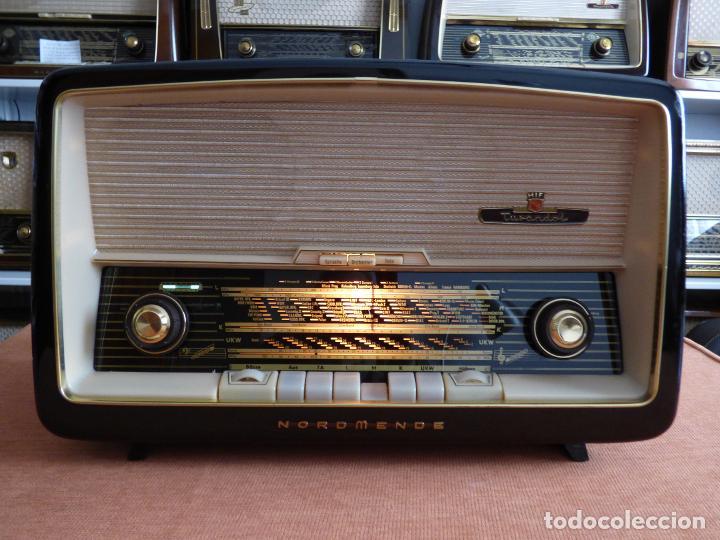 Radios antiguas: Antigua radio de válvulas marca NORDMENDE, en magnifico estado, funcionando gran sonido (ver vídeo) - Foto 10 - 190055035