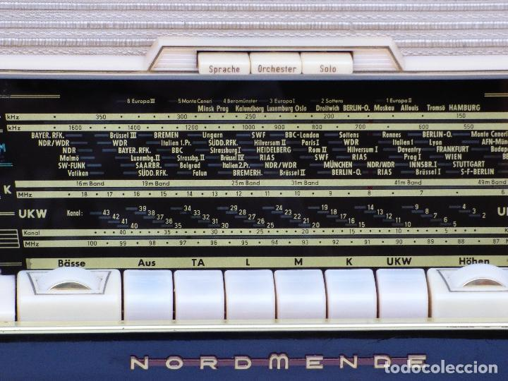 Radios antiguas: Antigua radio de válvulas marca NORDMENDE, en magnifico estado, funcionando gran sonido (ver vídeo) - Foto 13 - 190055035