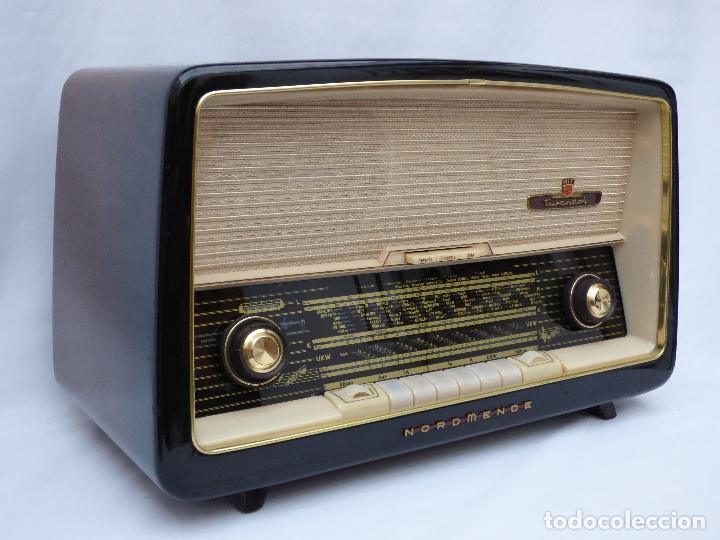 ANTIGUA RADIO DE VÁLVULAS MARCA NORDMENDE, EN MAGNIFICO ESTADO, FUNCIONANDO GRAN SONIDO (VER VÍDEO) (Radios, Gramófonos, Grabadoras y Otros - Transistores, Pick-ups y Otros)