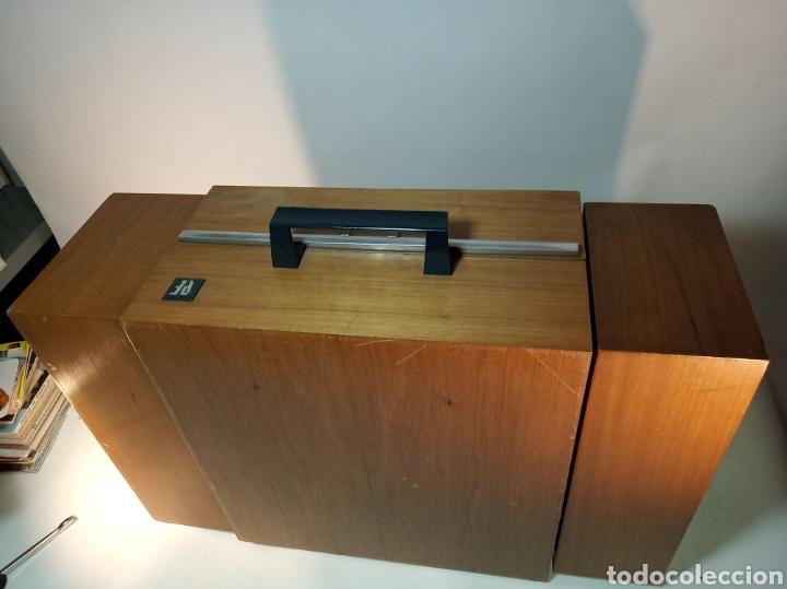 Radios antiguas: Pick-up Perpetuum-Ebner. Modelo Musical 360 stereo deluxe. 125/220. Fabricado en España. - Foto 10 - 172925885