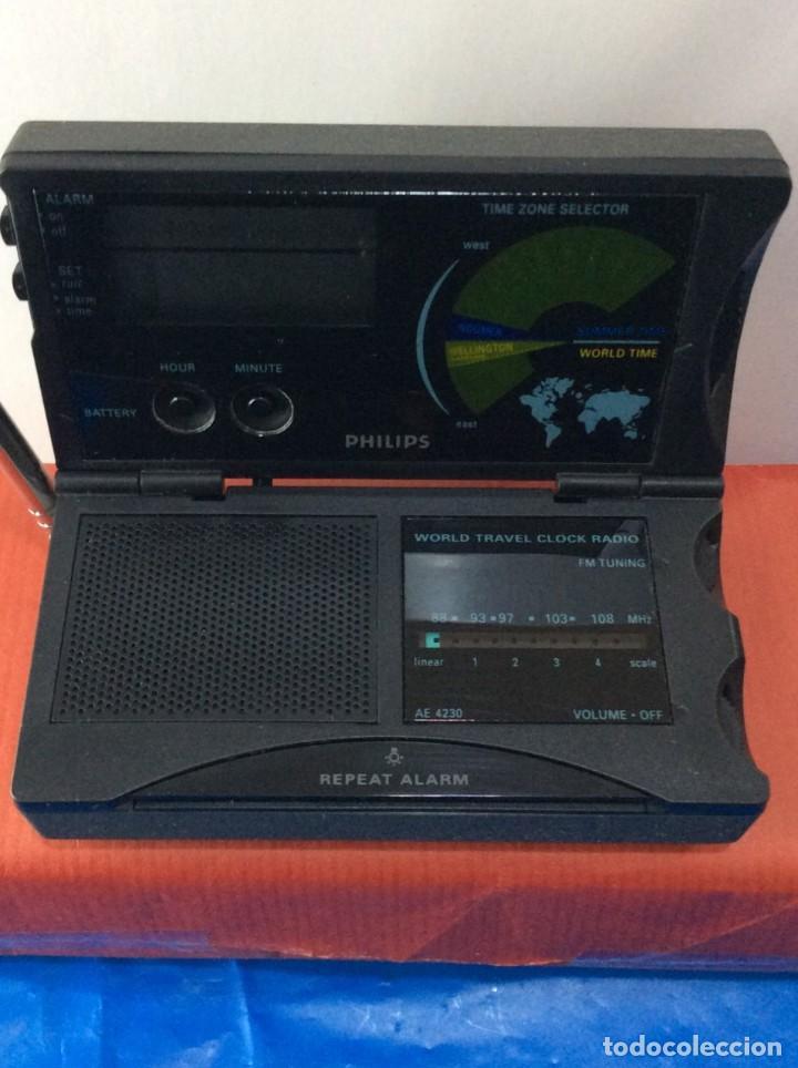 Radios antiguas: RADIO RELOJ PHILIPS AE 4230 AÑO 85 ¡¡ NUEVO !! VINTAGE !!!!!! - Foto 3 - 130521044