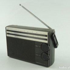 Radios antiguas: VINTAGE RADIO TRANSISTOR PHILIPS MODEL 3 BAND RECEIVER - AL 105. Lote 191019293