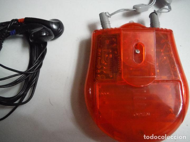 Radios antiguas: RADIO FM CON AURICULARES PARA COLGAR CUELLO - Foto 2 - 191145051