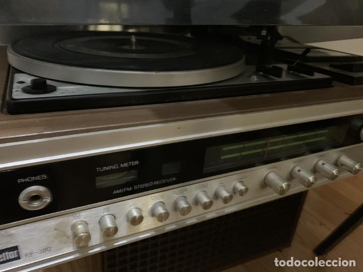 Radios antiguas: Tocadiscos Bettor EF-380 + altavoces - Foto 2 - 191364601