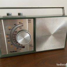 Radios antiguas: BONITA Y ANTIGUA RADIO DE DISEÑO INTER PARA REPARAR. Lote 191682535
