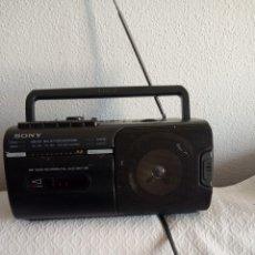 Radios antiguas: RADIO CASSETTE CORDER CFM-10- SONY -FUNCIONA PERFECTAMENTE. Lote 192316448