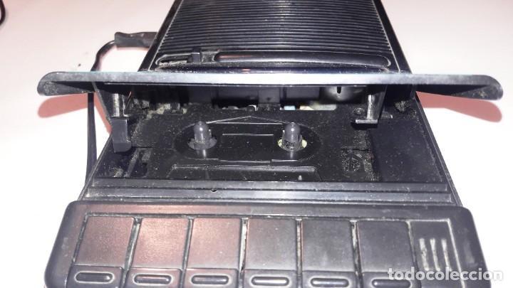 Radios antiguas: MAGNETOFONO GRABADOR-REPRODUCTOR DE CASSETTE PHILIPS - AÑOS 60-70 - Foto 3 - 192683155
