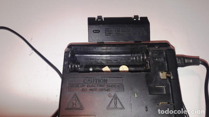 Radios antiguas: MAGNETOFONO GRABADOR-REPRODUCTOR DE CASSETTE PHILIPS - AÑOS 60-70 - Foto 5 - 192683155