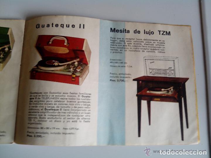 Radios antiguas: Mesa con giradiscos Telefunken modelo Mesa de Lujo TZM. Plegable. Año 1958. - Foto 10 - 192823443