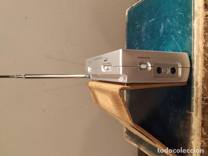 Radios antiguas: Grundig Yb-P 2000 diseño por F.A. Porsche Am/fm Despertador radio de onda corta - Foto 4 - 193636368