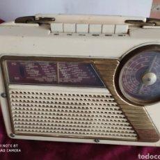 Radios antiguas: ANTIGUA RADIO TRANSSISTOR. Lote 194275441
