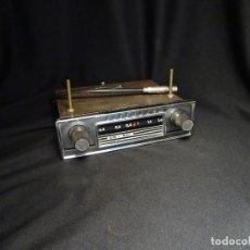 Radios antiguas: ANTIGUA RADIO TELEFUNKEN PARA COCHE, AÑOS 1960 . FUNCIONA. Lote 194307576