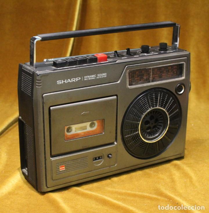 RADIO CASSETTE SHARP,MODELO GF-1602X,MADE IN JAPAN,PRECISA DE AJUSTES. (Radios, Gramófonos, Grabadoras y Otros - Transistores, Pick-ups y Otros)