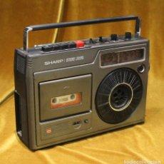 Radios antiguas: RADIO CASSETTE SHARP,MODELO GF-1602X,MADE IN JAPAN,PRECISA DE AJUSTES.. Lote 194331180