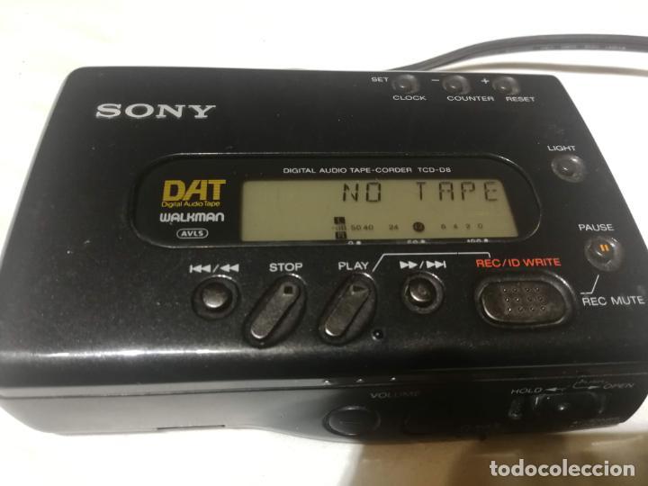 Radios antiguas: Walkman Sony DAT (digital audio tape) TCD-D8 - Foto 2 - 194358212