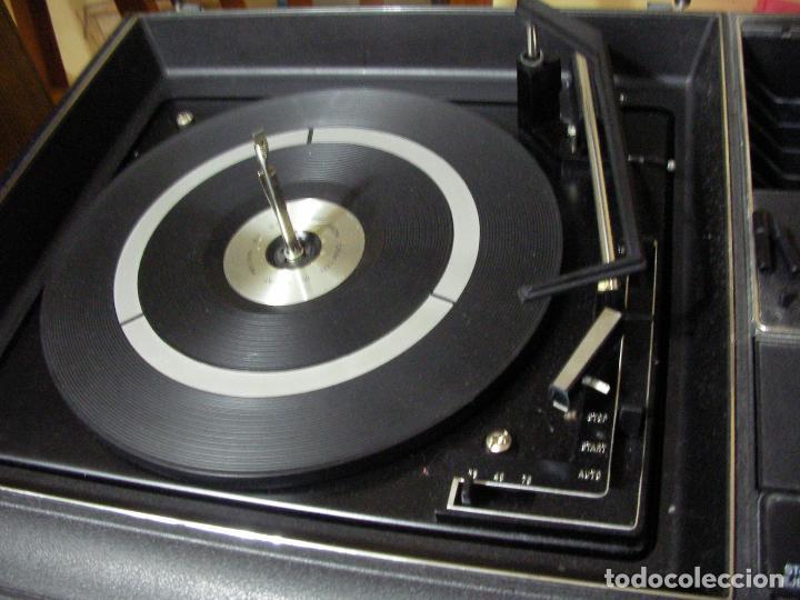 Radios antiguas: ANTIGUO RADIO PICKUP CASSETTE MUSIC CENTRE PYE MOD. 5024 FUNCIONANDO CORRECTAMENTE - Foto 12 - 194898495